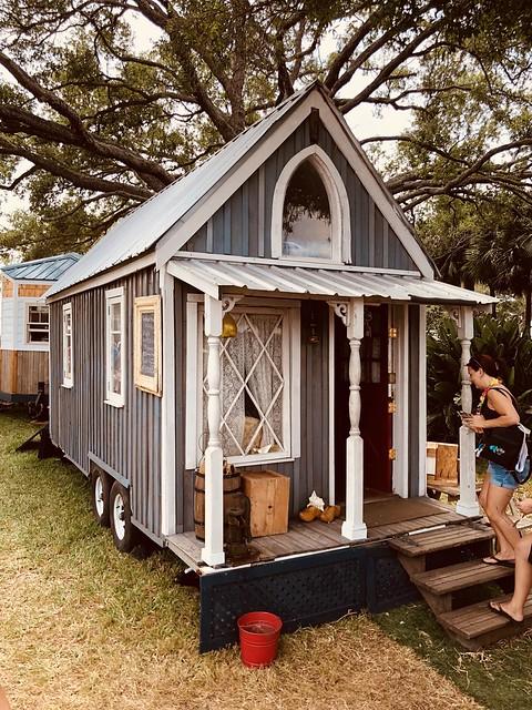 tiny-house-nickelstar-40857615544